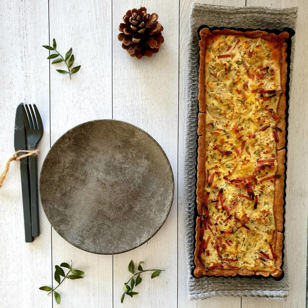 Tarte chou fleur, estragon, jambon et pâte maison