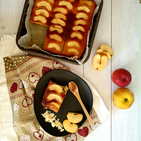 Gâteau fondant pommes et amandes