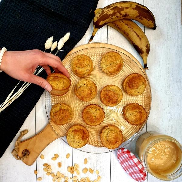 Muffins banane, beurre de cacahuètes et pavot