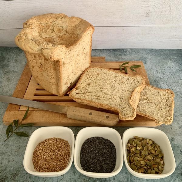 Pain moelleux aux graines avec ou sans machine à pain