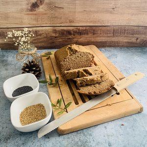 Pain sans gluten aux graines de sésame et pavot